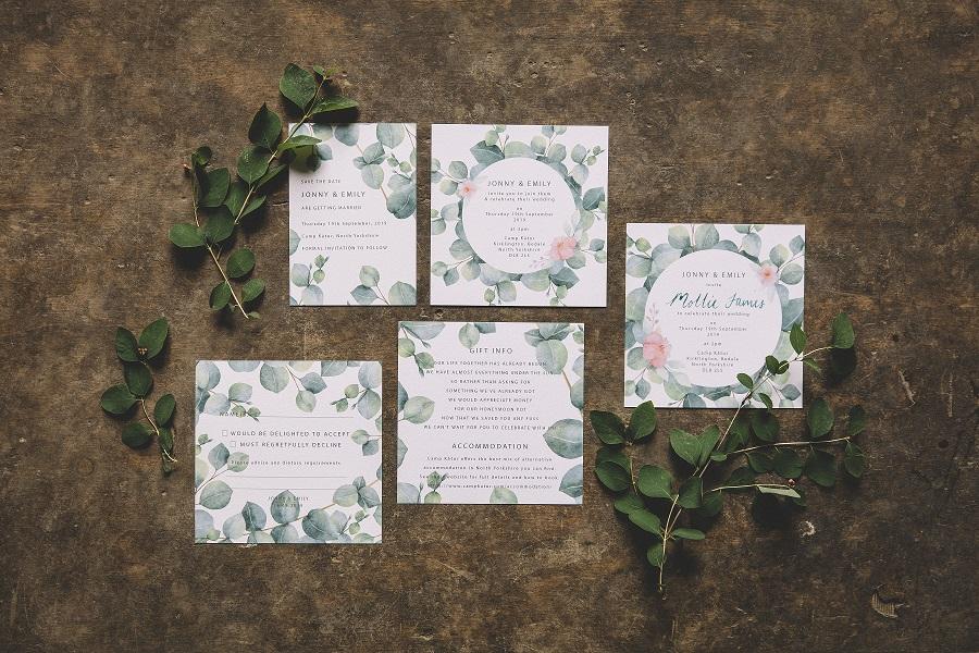 Botanical wedding stationery designed by Raspberry Toast