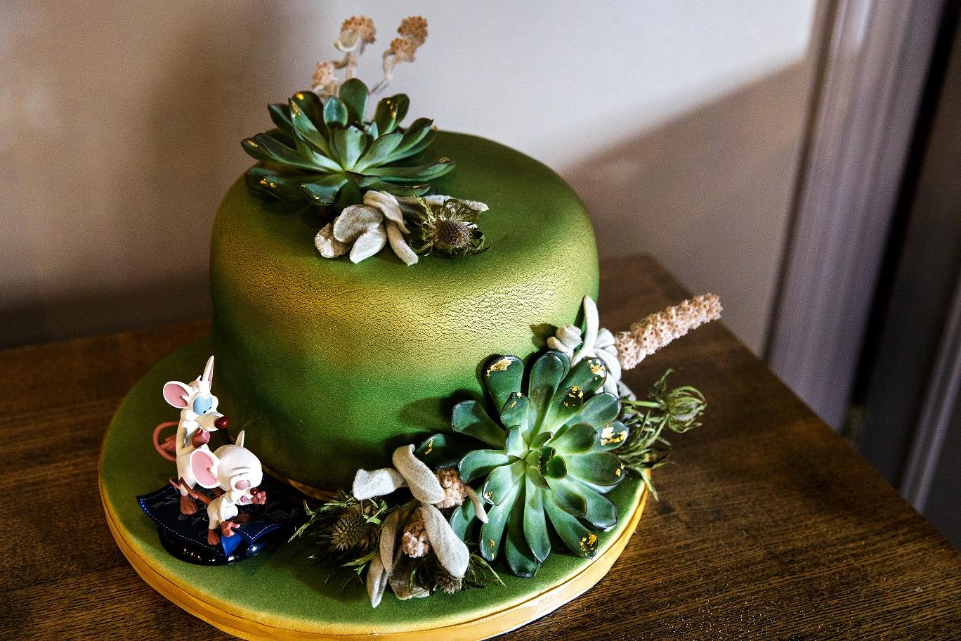 Non traditional wedding cake inspiration
