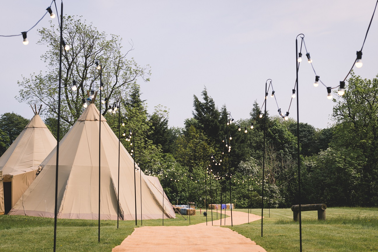Teepee wedding in Stirton, Skipton
