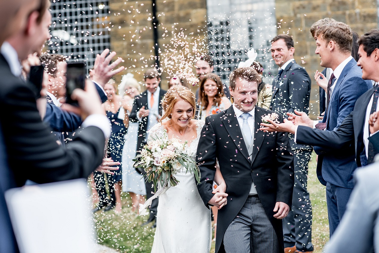 Just married confetti shot