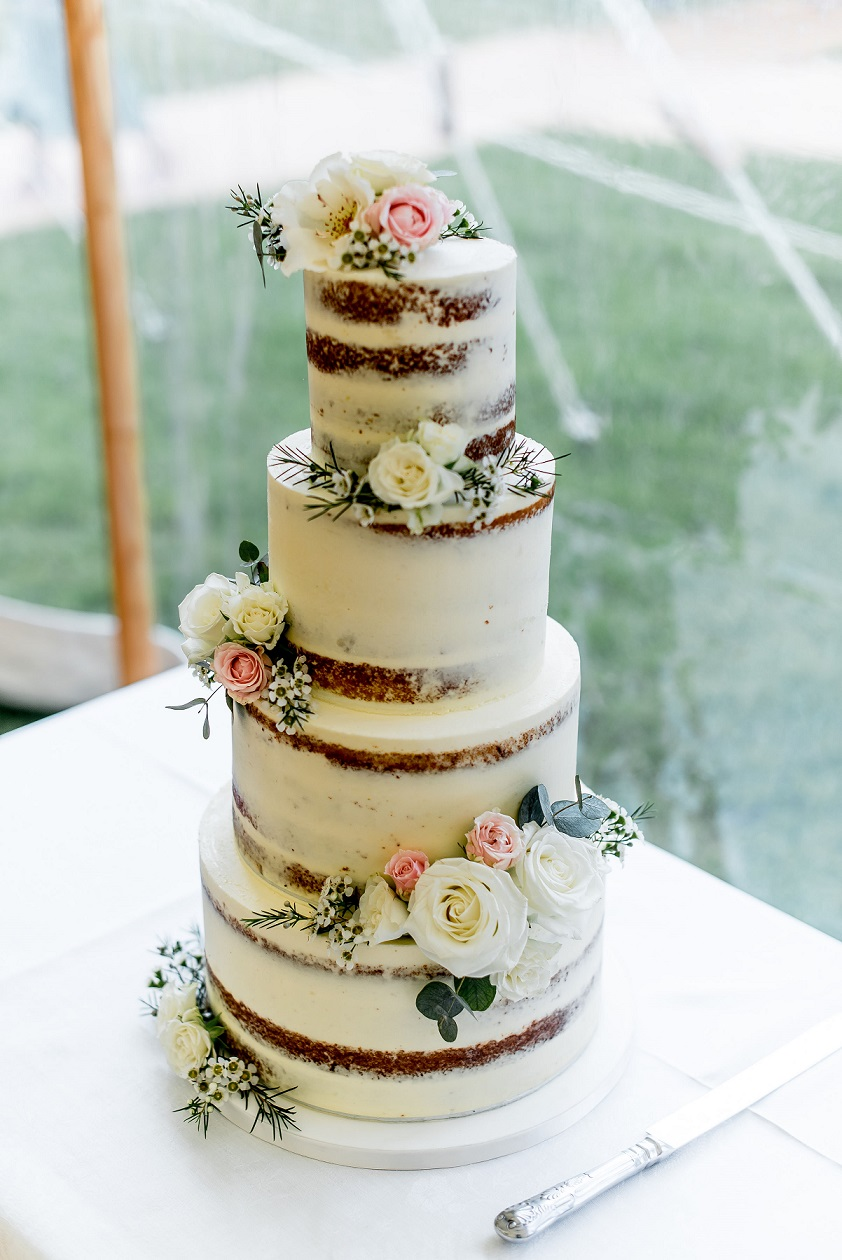 Naked wedding cake by Where the Ribbon Ends