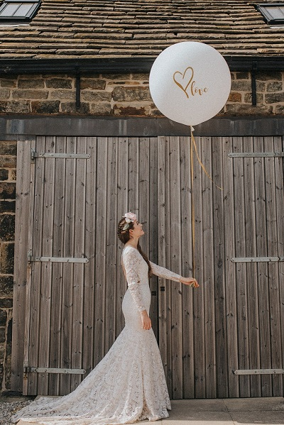 Outdoor Bohemian Shoot at Blossom Barn in Yorkshire
